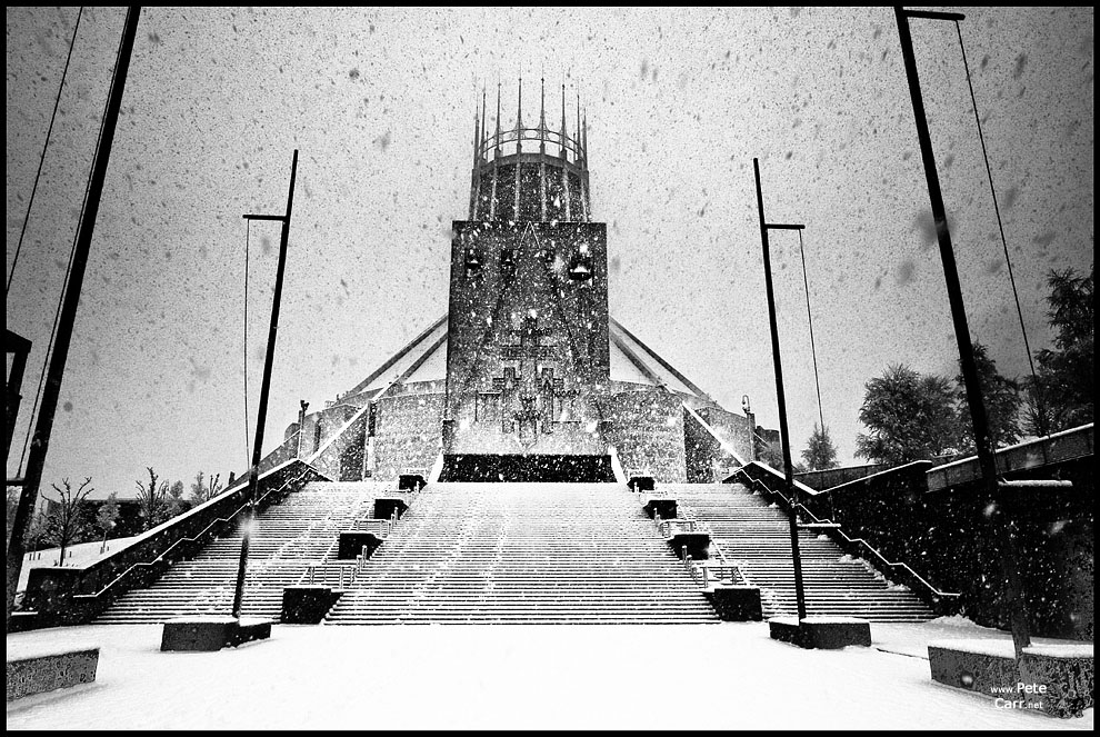 Metropolitan Cathedral in snow