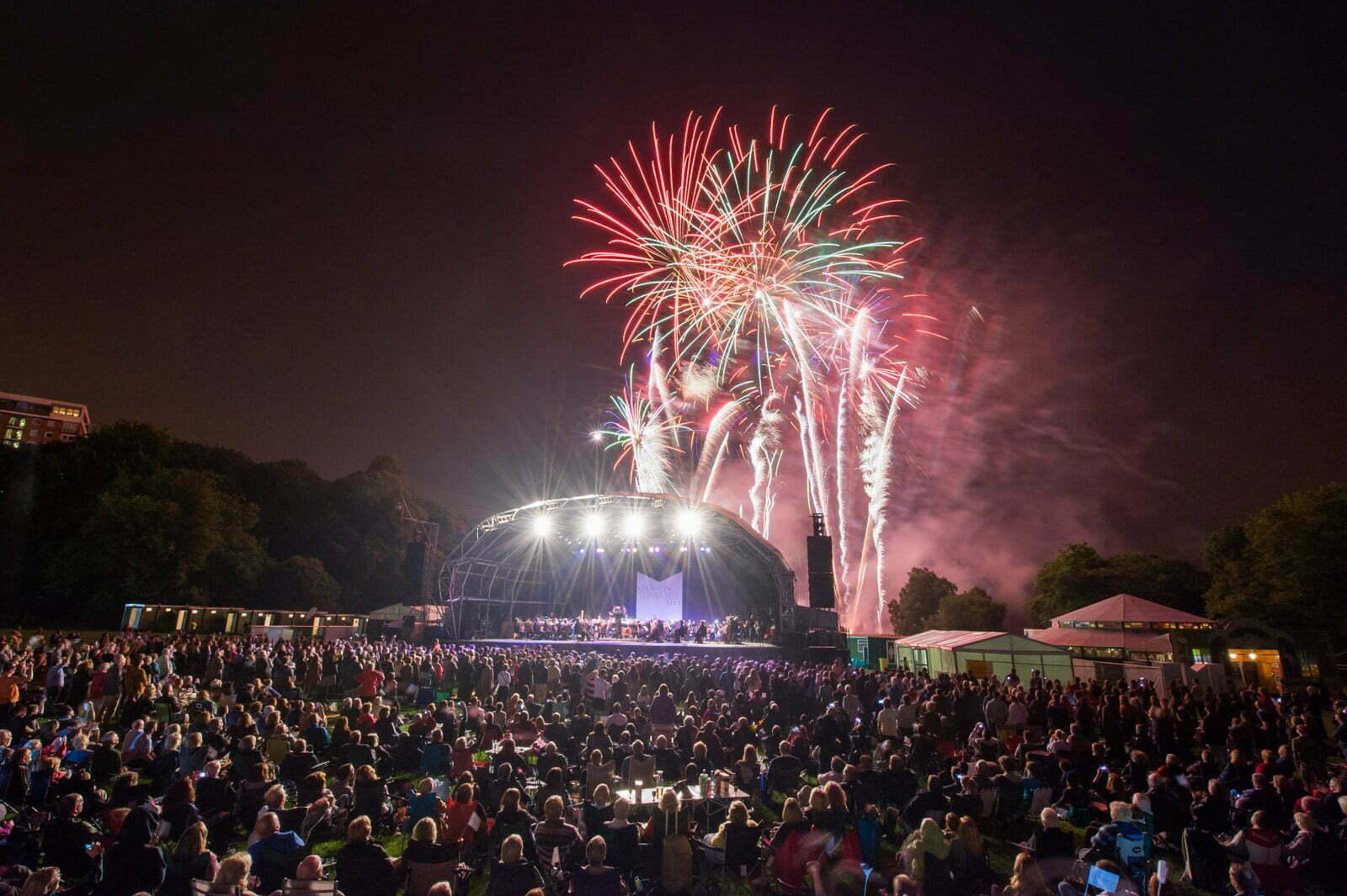 rlpo-limf-fantastic-fireworks-4400