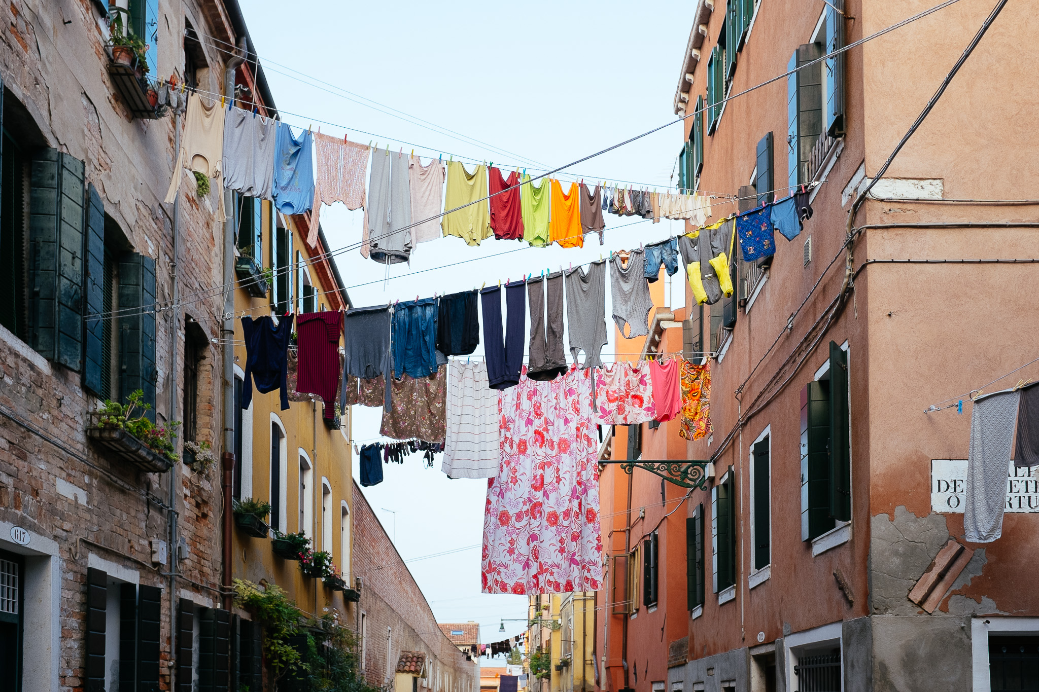 venice-washing-lines-7668