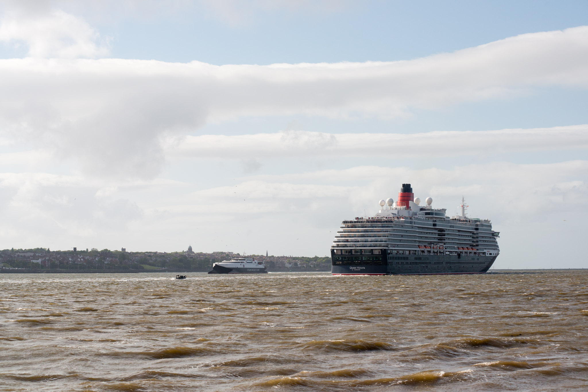3Queens-Tuesday-5686-pete-carr