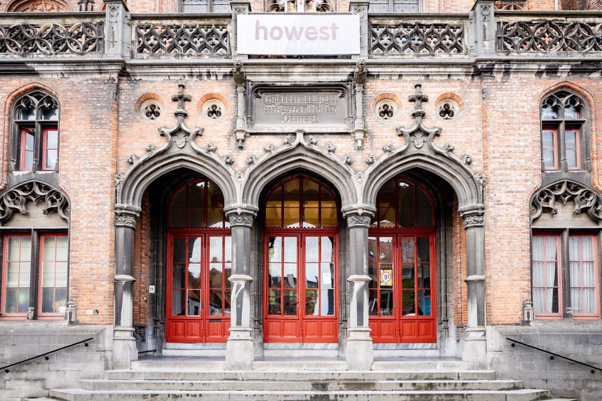 Bruges red